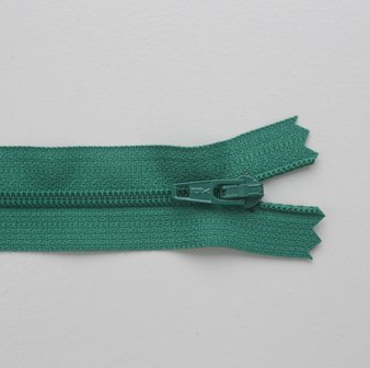 Regular Zip Bright Green 55cm