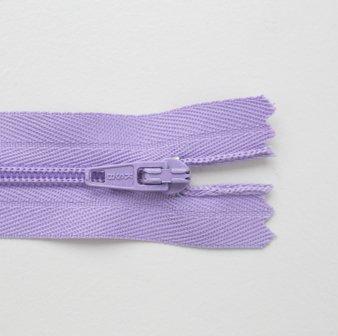 Regular Zip Lilac 20cm